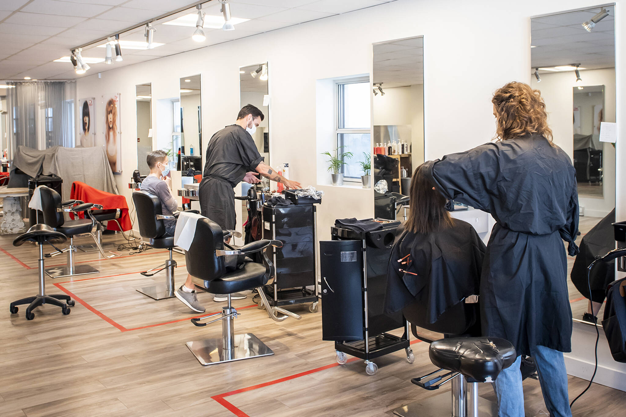 Beauty Salon – Different Services to Check Out
